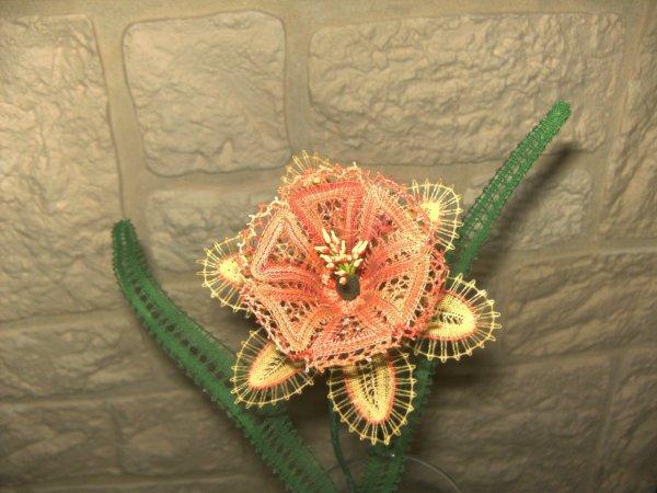 Fleur dentelle aux fuseaux  N°1