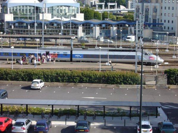 """""""SNCF : à nous de vous faire préferer la voiture !"""""""