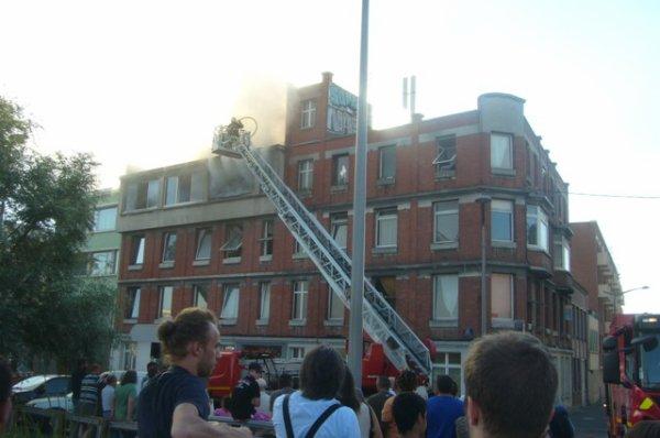 L'hospice Cotteel est la proie des flammes