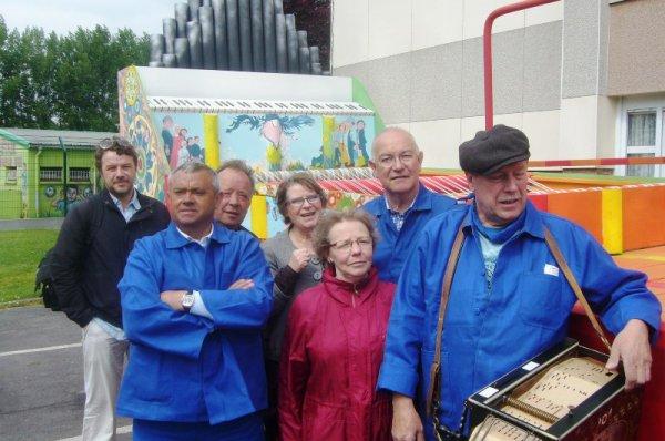 Carnaval d'été de Lomme 2013 : le quartier du Marais a inauguré son char limonaire Jacquard