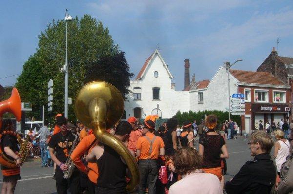 Le carnaval d'été 2013 à Lomme en off