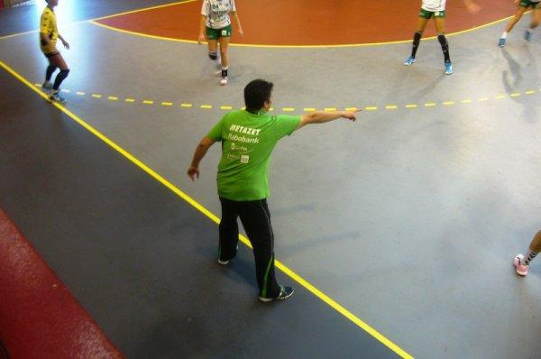 Venus Cup 2013 : le coach de Quintus Poeldijk, un entraîneur très expressif