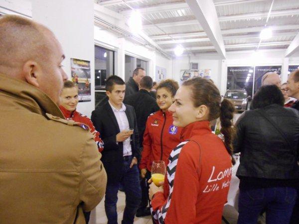 Présentation aux sponsors de l'équipe féminine de handball du LLMH qui évolue en 2ème division (1/2)