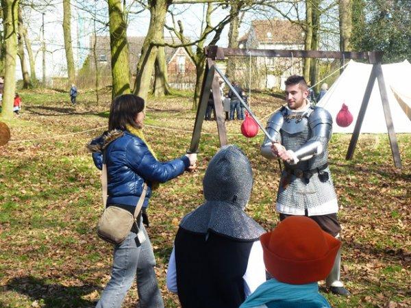 La chasse aux oeufs de Pâques médiévale du Secours Populaire de Lomme