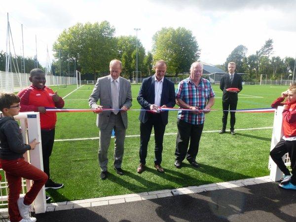Lomme Délivrance : le SRLD a inauguré la nouvelle pelouse synthétique du stade Van den Eeden