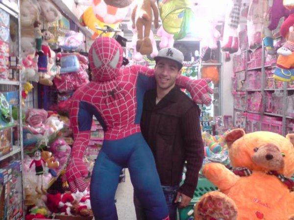 j'ai eu spider man lol
