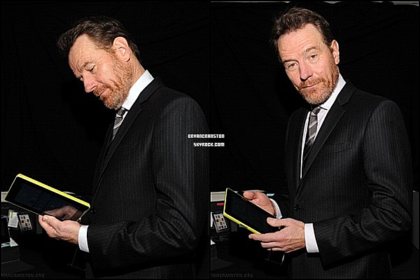 . Le 19 février Bryan Cranston était au Writers Guild Awards - Backstage .