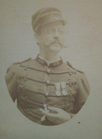 photo cdv d'un sapeur pompier vers 1885
