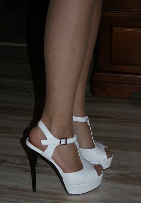 Mes nouvelles Platforms Blanches aux pieds