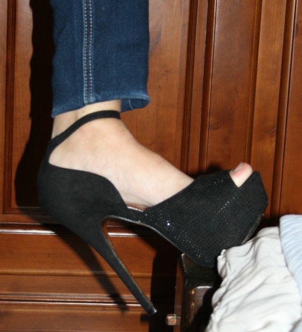 Et a mes pieds maintenant