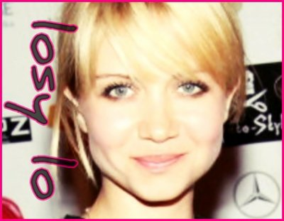 <3 She's Very Beautiful :) (Natalie Franz)