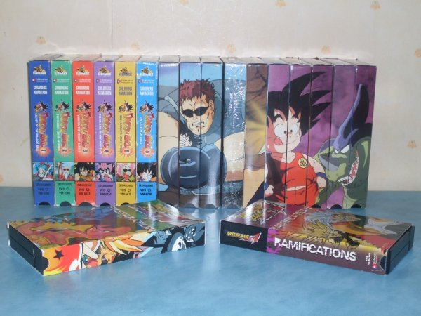 CASSETTES VIDEO DRAGONBALL  ET DRAGONBALL GT