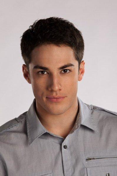 """Un acteur de """"Vampire Diaries"""" en couple avec une actrice de """"Glee"""" !"""