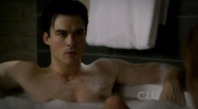 The Vampire Diaries saison 2 : Episode 13, Ian Somerhalder torse nu (photos)