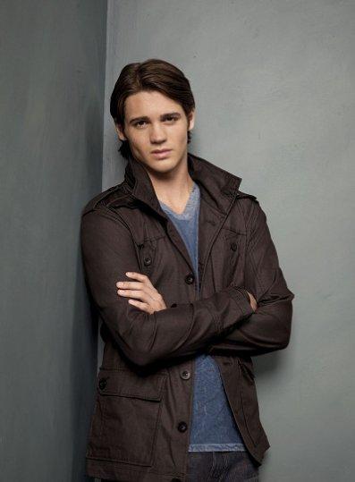 The Vampire Diaries : Jeremy est partagé...