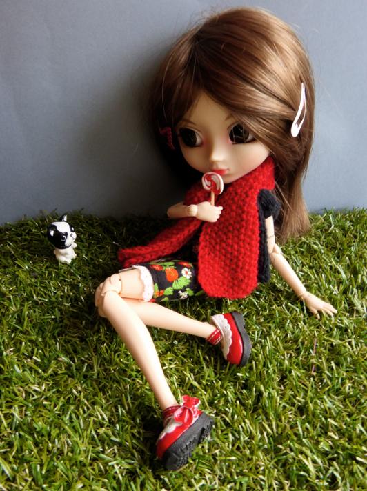 Entre détente et gourmandise dans l'herbe.... (2/2)