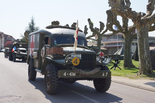 SORTIE   MUSEE     8 MAI OUGES    1945/2016  21    POSTE DE SECOURS