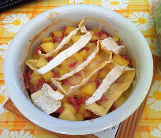 Cocotte de pommes au camembert