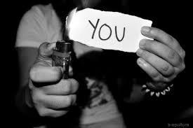 Pourquoi on en veut autant, a une personne qui est sencé tellement compter pour vous ?.
