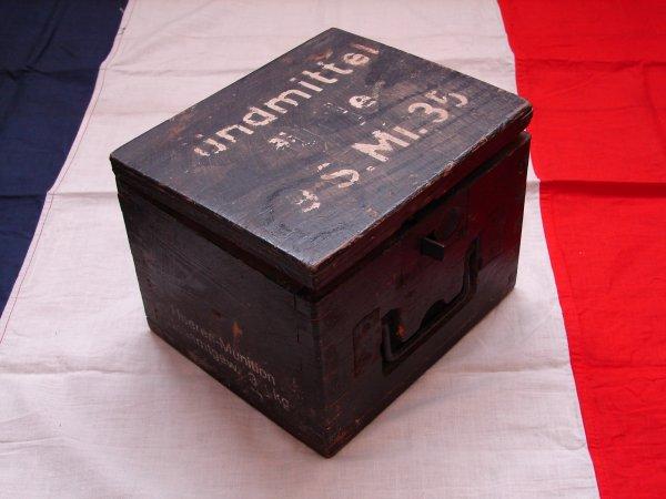 boite munitions allemande libert 44. Black Bedroom Furniture Sets. Home Design Ideas