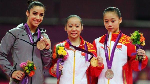 - ON WEB GYMNASTICS - Jeux olympiques Finale poutre , Deng détrône Sui et décroche l'or -