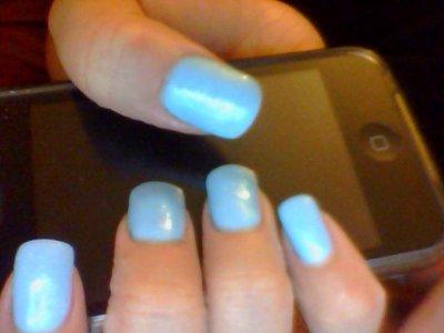 pose gel blue L.A sur ongle naturel!!!