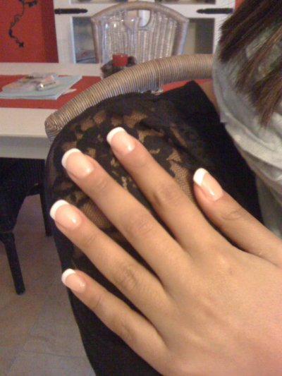 pose de cet ap.midi sur imane!! gel POWDER sur ongle naturel!! french tt simple!!