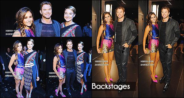 11/08/2014: L'actrice Nina Dobrev été présente sur le blue carpet des Teen Choice Awards à Los Angeles. (CA) Nina était vraiment très jolie , c'est un top.. Elle a gagné dans la catégorie Choice TV Actress: Sci-Fi/Fantasy, avec The Vampire Diaries.