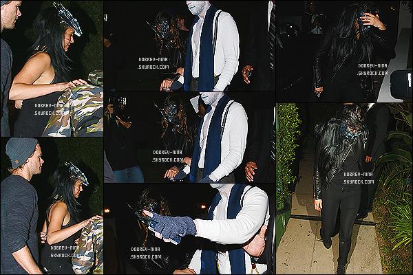 26/10/2014 - Nina a été photographié quittant la soirée Halloween Casamigos Tequila à Beverly Hills. Elle était accompagnée d'un homme mais aussi de Derek Hough. Plusieurs stars y était présentes comme Paris Hilton, Hilary Duff et Kate Hudson