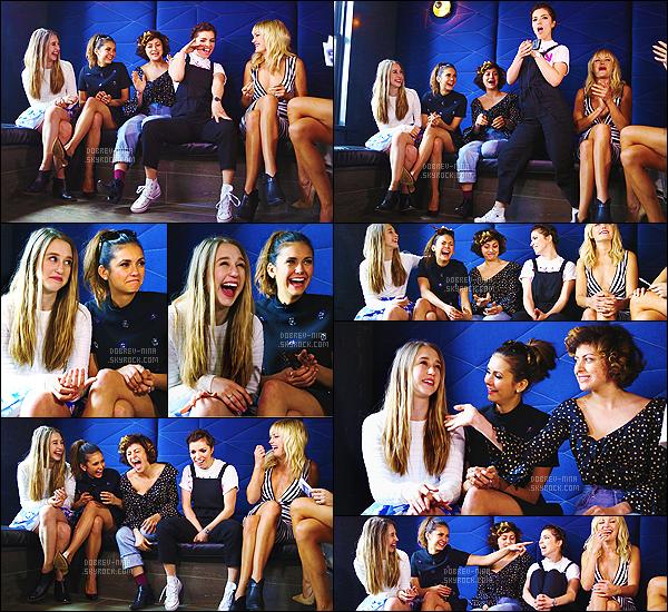 14/03/15 - Nina D. et le cast de The Final Girls étaient à une conférence de press au « SXSW Festival » à Austin. Uniquement le cast des filles était présents. Les filles ont l'air de bien s'entendre s'est sympa à voir. La miss Nina reste vraiment superbe. UN TOP