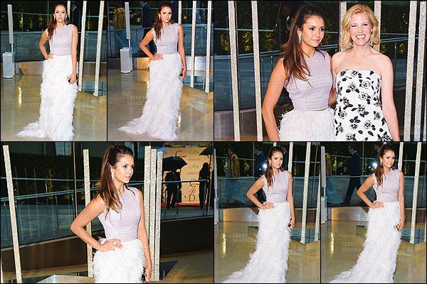 01/06/15 : La belle Nina Dobrev s'est rendue à la cérémonie des CFDA Fshion Awards 2015 situé à New York. Je ne suis pas spécialement fan de sa tenue qui est signée Lela Rose mais Nina reste tout de même magnifique. Je donne un top à sa coiffure !
