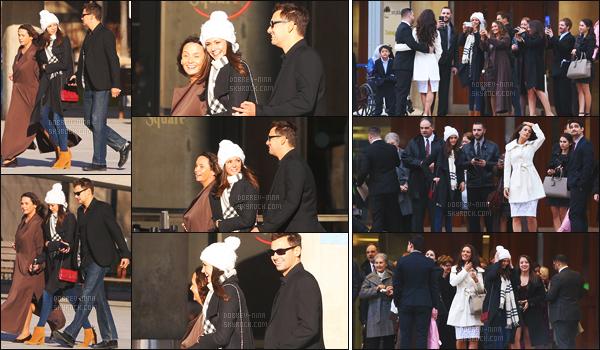 21/02/16 : La sublime Nina Dobrev a été photographiée avec sa famille devant le « City Hall » de - Toronto. Nina était très proche de sa mère et de son frère Alex - Rappel que Nina est à Toronto pour le tournage de xXx: The Return of Xander Cage !!