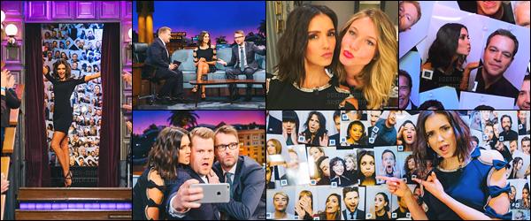 19/01/17: N. ne s'arrête plus, elle était sur le plateau du talk-show, « The Late Late Show with James Corden ». Les photos sont super sympa. J'adore la tenue que Nina porte, elle lui va super bien et la coiffure lui va à ravir. Décidément, encore un top, j'aime !