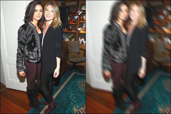 10/02/17: Nina D. était à la soirée privée des « Pre-Grammy Award » en l'honneur de The Chainsmokers à LA. Qu'une photo de disponible malheureusement. Nous pouvons ut de même apercevoir la tenue et je ne suis pas très fan perso. - TOP OU FLOP ?!