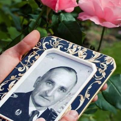 Demain mon papa aurait eu 107 ans ue je uis triste, çà va fair 51 ans qu'il est décédé dans un accident de oiture, plu jamais fêt st Valentin epui.