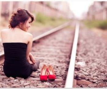 L'amour, tout comme la mort, est une étape du voyage où on arrive tous un jour ou l'autre.