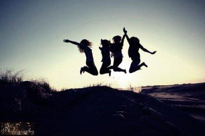Si l'amour n'est pas à l'heure, l'amitié elle, sera toujours au rendez-vous.