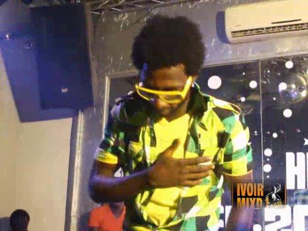 LES NEWS TUAGES DE BABI AVEC DJ ARAFAT KPAN KAKA ET DEBORDO DOLIZIANA ( KEBARO)