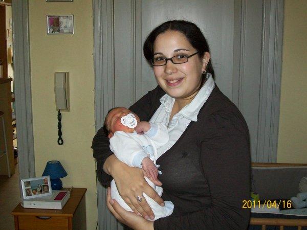 ma soeur qui rentre de la materniter