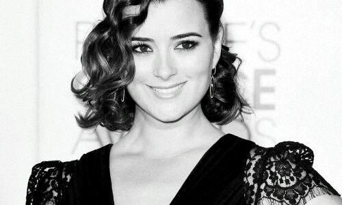 Cote de pablo on People's Choice
