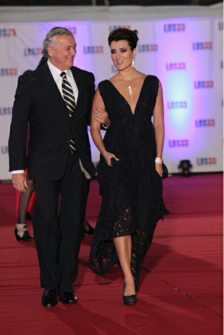 Cote los 33 red carpet