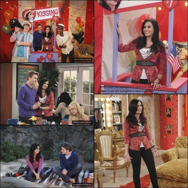 .  25.10.2010 | Demi a donné une conférence de presse au Costa Rica.  .