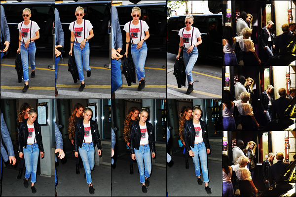 """. 13.06.17 -Kristen Stewartet Stella Maxwellont été aperçues sortant du restaurant «Caviar Kaspia» dansParis ! Plus tard dans la soirée, nous retrouvons encore une fois Kristen et Stella quittant le bar """"La Mécanique Ondulatoire"""" situé dans le 11ème. ."""
