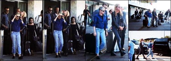 . 14.06.17 -Kristen Stewartet sa petite amie Stella, ont été aperçues à l'aéroport «Charles de Gaulle», dans Paris ! Le séjour du petit couple dans la capitale française semble terminé, vu qu'elles ont été vues aujourd'hui prenant l'avion direction Brive, top .