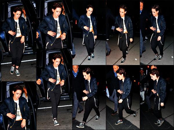 . 05.02.17 - Kristen Stewarta été aperçue se rendant à la«SNL After Party» ayant lieu dans la ville de'▬'New York! Peu de photos lors de ce candid, mais Kristen se rendrait à un événement ayant lieu dans New York City, petit top pour elle tout de même .