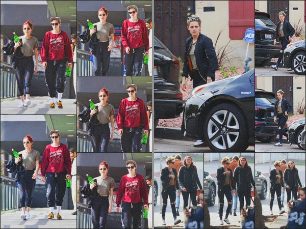 . 11.01.19 - Kristen Stewart toujours avec sa petite amie Sara Dinkin, quittant un cours de gym à'' ▬ ''Hollywood, CA ! Encore une sortie, les deux quittaient un cours de gym, c'est un petit bof. Plus tôt dans la journée elles étaient en balade dans L. Angeles .