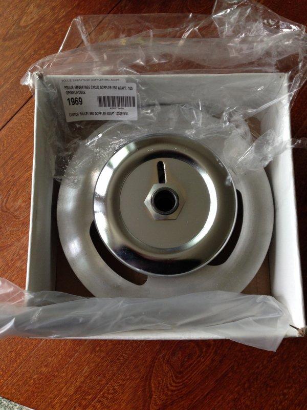 poulie d 39 embrayage doppler er2 peugeot 103 sp mvl vogue a 11 euro prix neuf la passion du. Black Bedroom Furniture Sets. Home Design Ideas