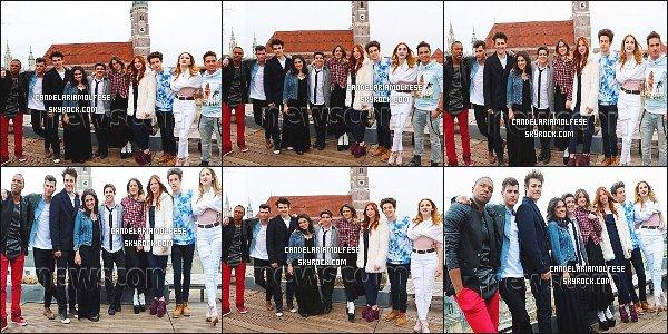 ' 25/03/15 : Cande M. ainsi que le cast était présent à une petite conférence de presse à Munich, - Allemagne. Candelaria était très proche de son petit-ami, Ruggero Pasquarelli lors de la conférence de presse. Côté tenue : je ne suis pas très fan, un BOF. '