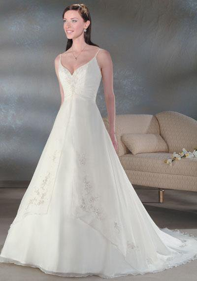 When choosing to Finding Conventional Dresses Intended for Wedding parties and Proms