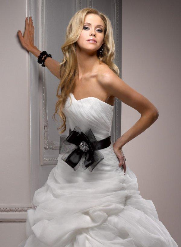 A line Wedding Dress 2013